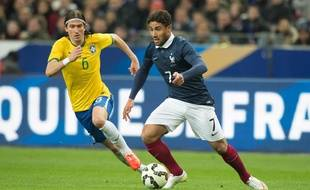 Ici opposé au Brésil pour ses débuts internationaux il y a quasiment un an, Nabil Fekir pourrait voir son avenir chamboulé en fonction de sa participation ou non au prochain Euro avec les Bleus. NIVIER