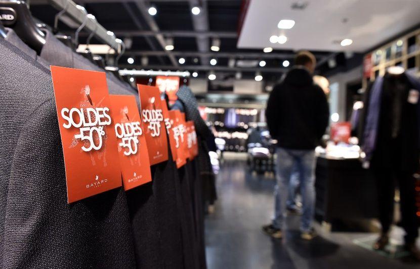 Réforme des retraites : Les salariés du commerce manifestent à Paris