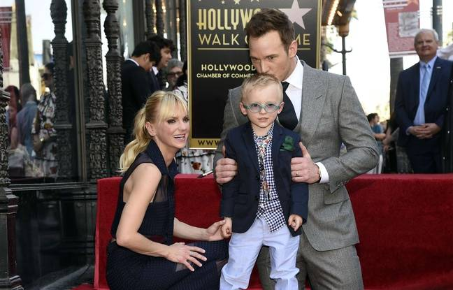 L'acteur Chris Pratt a inauguré avec son épouse et son fils son étoile à Hollywood, le 21 avril 2017.