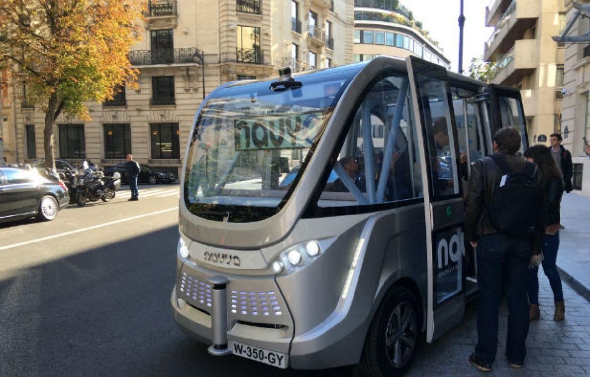 La véhicule autonome Arma de Navya, ce mercredi à Paris. – CHRISTOPHE SEFRIN/20 MINUTES