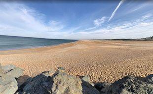 Un promeneur a découvert des restes humains sur la plage de la digue à Tarnos dans les Landes.