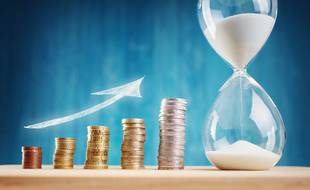 Conçue pour les projets à moyen et long terme, l'assurance-vie bénéficie d'une fiscalité attractive après 8 ans de détention.