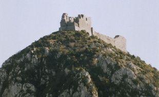 La forteresse de Montségur, en Ariège. C'est là que plus de 200 hérétiques périrent sur le bûcher en 1244 après avoir refusé de renier leur foi.
