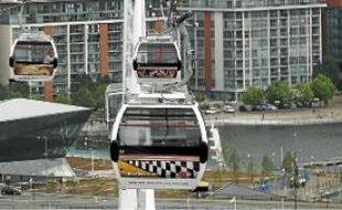 A Londres, un téléphérique permet depuis juin de traverser la Tamise.