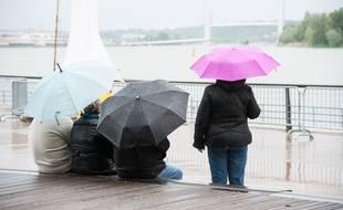Pluie à Bordeaux. (Illustration)