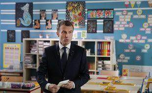 Emmanuel Macron a tenté d'apaiser les inquiétudes des Français, notamment des retraités et des ruraux, jeudi à 13 heures sur TF1 et LCI.
