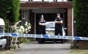 Zainab al-Hilli, la petite Britannique de 7 ans rescapée de la tuerie de Chevaline, la semaine dernière en Haute-Savoie, a quitté vendredi l'hôpital de Grenoble pour rejoindre un lieu tenu secret --par souci de sécurité-- en Grande-Bretagne.