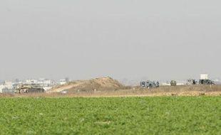 Un soldat israélien et un membre d'un groupe armé palestinien qui tentait de s'infiltrer en Israël à partir de la bande de Gaza ont été tués dans un accrochage, a annoncé vendredi l'armée israélienne dans un communiqué.