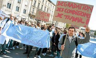 Manifestation des agents des crèches municipales à Bordeaux