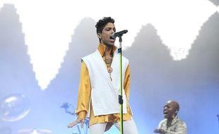 Le chanteur Prince au Stade de France en 2011.