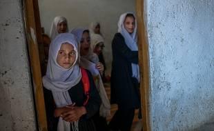 Les jeunes afghanes sont privées d'enseignement secondaire.