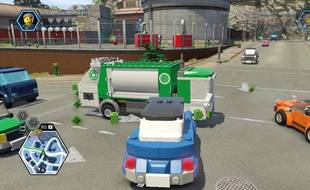Comme dans un GTA, le joueur peut emprunter n'importe quel véhicule dans un vaste monde ouvert.
