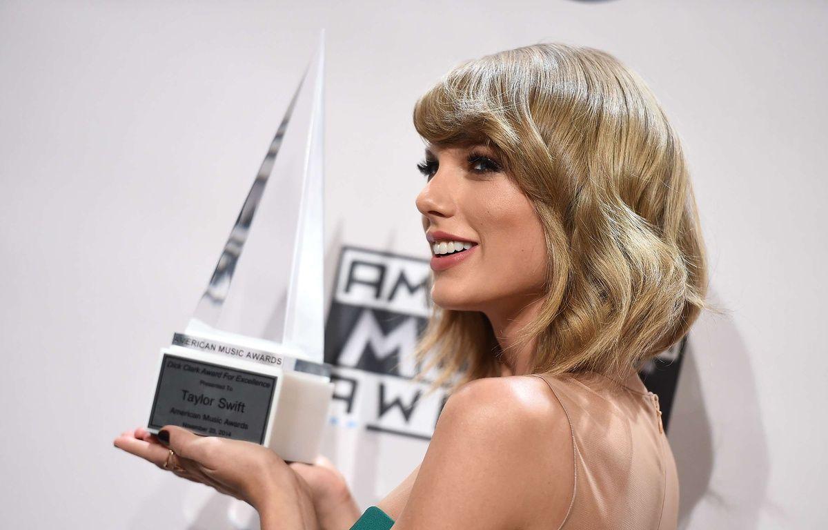 Taylor Swift, aux American Music Awards, à Los Angeles, le 23 novembre 2014. – : Jordan Strauss/AP/SIPA