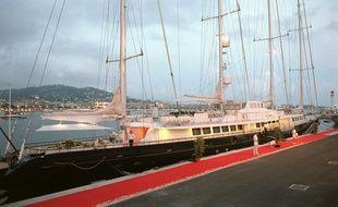 Le Phocéa, à Cannes en 2001.