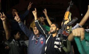 Le cessez-le-feu était respecté jeudi matin dans la bande de Gaza après l'accord passé la veille entre Israël et le Hamaspalestinien au pouvoir à Gaza, mettant un terme à une semaine de confrontationarmée qui a coûté la vie à 155 Palestiniens et cinq Israéliens.