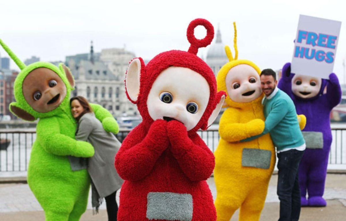 Les Télétubbies sont des adeptes de «Free Hugs», ces câlins gratuits. Même pour les adultes, oui. – Joe Pepler/REX Shutters/SIPA