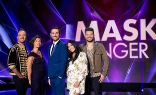 Jarry, Alessandra Sublet, Camille Combal, Anggun et Kev Adams sur le plateau de «Mask Singer».