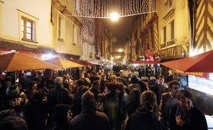 La rue Saint-Michel à Rennes, surnommée la rue de la Soif, ici lors des Trans Musicales en 2014.