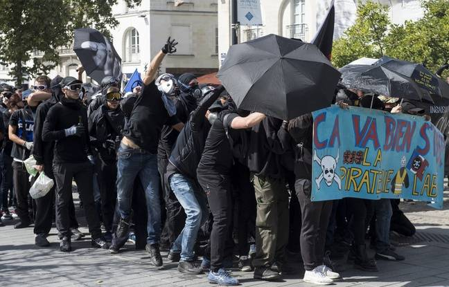 «Gilets jaunes» à Nantes: Quelque 1.800 personnes dans la rue, des heurts éclatent entre policiers et manifestants