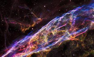 La nébuleuse du Voile photographiée par le télescope spatial Hubble.