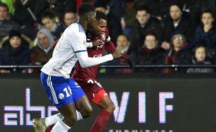 Habib Diallo et Ibrahima Sissoko, ici au duel en janvier dernier à Metz, sont désormais coéquipiers.