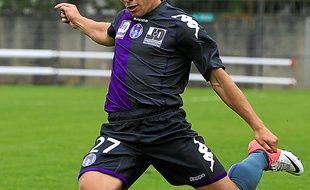 Le Bayonnais (ici en amical contre Istres, en juillet 2012) a déjà évolué en L1.