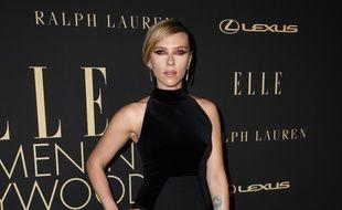 L'actrice Scarlett Johansson au ELLE Women In Hollywood 2019