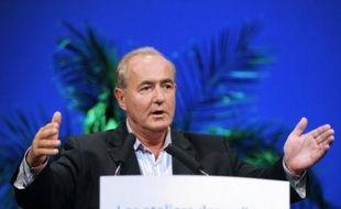 """Le porte-parole du Nouveau Centre Maurice Leroy a déclaré mardi que Jean-Louis Borloo, qui a """"une vraie fibre sociale"""", serait """"un bon choix"""" pour remplacer François Fillon à Matignon."""