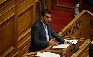 Le Premier Ministre grec Alexis Tsipras devant le Parlement grec vendredi 14 août 2015. Le plan d'aide a été adopté par le Parlement, il doit maintenant obtenir le feu vert de l'Eurogroupe.
