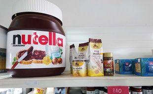 Illustration d'un gros pot de Nutella en Italie.