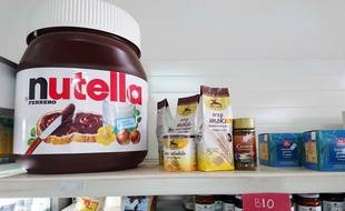 Illustration d'un gros pot de Nutella en Italie.