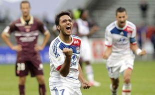 Clément Grenier exhulte après on but contre Valenciennes, le 1er septembre 2012 à Lyon.