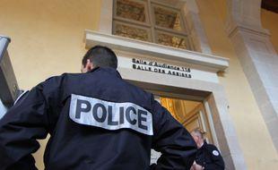 L'entrée de la salle de la cour d'assises d'Ille-et-Vilaine à Rennes où s'est tenu le procès.