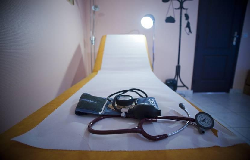Bretagne: Dix-neuf patientes de 13 à 90 ans portent plainte contre un médecin pour agression sexuelle