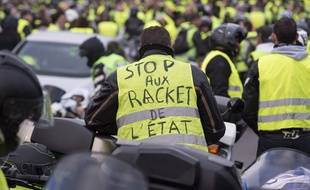 video gilets jaunes perpignan ils se disent oui en pleine manifestation lors de l acte 9. Black Bedroom Furniture Sets. Home Design Ideas
