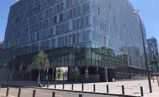 Le nouveau bâtiment qui abrite la métropole européenne de Lille, à Lille.