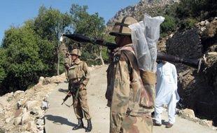 Vingt soldats pakistanais ont été tués samedi matin par une attaque d'hélicoptères de l'Otan sur un poste militaire à la frontière avec l'Afghanistan.