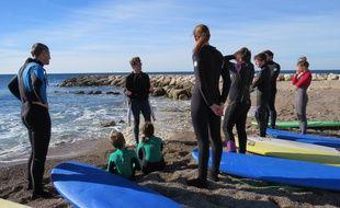 Surf à Sausset-Les-Pins (Bouches-du-Rhône)