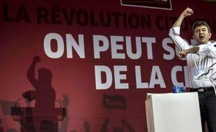 Ces derniers mois, et au fur et à mesure de la dégradation de la situation économique et des fermetures d'usines en France, M. Mélenchon a concentré ses attaques contre l'exécutif socialiste au point que les socialistes ne considèrent plus désormais la gauche radicale comme un allié.
