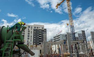 Un chantier de construction à Toulouse. Illustration.