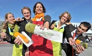 Caroline Becque, Simon Aimé, Alexia Veuge, Florence Casarin et Jonathan Mahaut ont fini troisièmes des Trophélia Europe 2010.