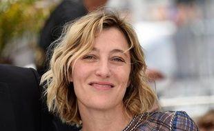 L'actrice Valérie Bruni-Tedeschi, en tournage dans le Pas-de-Calais avec Bruno Dumont.