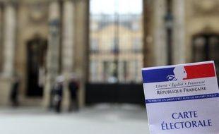 Le scrutin pour la présidentielle a commencé à Saint-Pierre et Miquelon samedi à midi (8H00 locale), donnant le coup d'envoi des opérations de vote pour le premier tour dans une moitié des outre-mer et sur le continent américain.