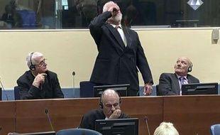 Slobodan Praljak s'est suicidé durant son procès.