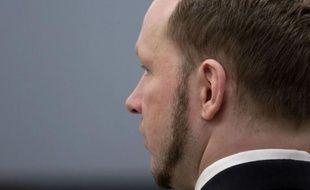Dans un rapport, cinglant, publié le 13 août, la commission mise en place par le gouvernement avait éreinté la réponse des autorités à l'attentat à la bombe et à la fusillade de l'île d'Utoeya perpétrés le 22 juillet 2011 par Breivik.
