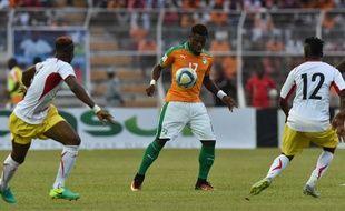 Serge Aurier lors du match entre la Côte d'Ivoire et le Mali le 8 octobre 2016.