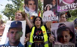 La justice espagnole a confirmé mercredi la décision controversée d'accorder la liberté conditionnelle à un membre de l'ETA gravement malade et dont la situation avait suscité une vague de protestations au sein des détenus de l'organisation séparatiste basque.