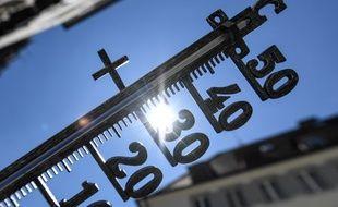 Le thermomètre risque de grimper jusqu'à près de 40 degrés dans certaines régions.