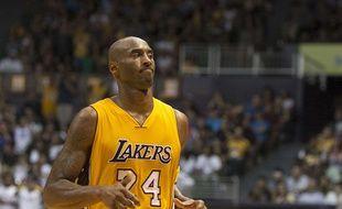 Kobe Bryant lors d'un match des Lakers contre les Utah Jazz, le 6 octobre 2015.