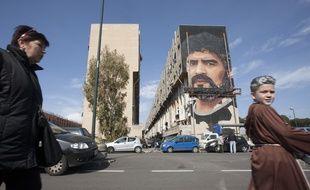 La fresque de Diego Maradona réalisé par l'artiste napolitain Jorit Agoch, dans un quartier de Naples
